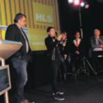 Hans Houweling van HLS ontvangt prijs